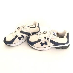 Womens Under Armour Sneakers GUC!  Size 5
